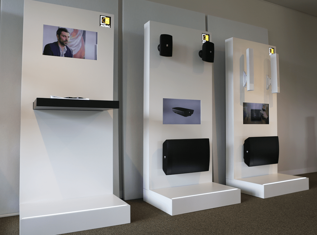 PROMO5304 - Loudspeaker display