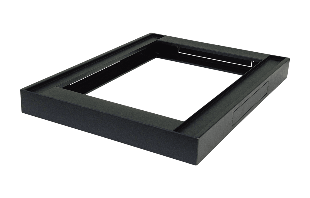SPR60PT - Rack plinth - for SPR600 series