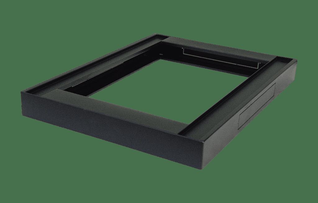 SPR60PT - Rack plinth - for SPR600 series